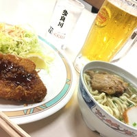 Photo taken at 第一牧志公設市場2階食堂 by ベアトリーチェ 長. on 1/7/2018