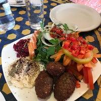 Снимок сделан в Baraka Restaurant пользователем Elif 1/29/2018