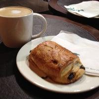 Photo taken at Starbucks by João C. on 11/17/2012