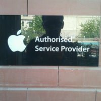 Photo taken at Apple Authorized Service Center by ΛLEX T. on 4/29/2013