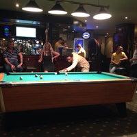 8/21/2013 tarihinde ΛLEX T.ziyaretçi tarafından William Shakespeare Pub'de çekilen fotoğraf