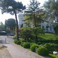 Foto tomada en Sakıp Sabancı Müzesi por mmm z. el 9/15/2012