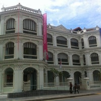 Photo taken at Peranakan Museum by yining on 12/8/2012