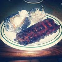 Foto tomada en Flanigan's Seafood Bar & Grill por Jane J. el 7/13/2013