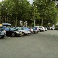 Photo taken at Parking Poissonnerie by Ben J. D. on 7/29/2013
