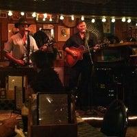 Photo taken at The Shannon Door Irish Pub & Restaurant by Ellie on 10/6/2012