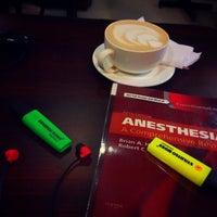 Das Foto wurde bei Amsterdam Dutch Coffee von TJ R. am 8/11/2016 aufgenommen