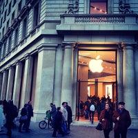Photo taken at Apple Passeig de Gràcia by Joshua K. on 2/16/2013