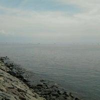 Photo taken at Pelabuhan Mayangan by Achmad Fakhriz Zakiyyatul Ibad on 5/25/2013