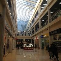 Снимок сделан в Триумф Плаза пользователем Роман 12/18/2012
