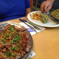 Foto tirada no(a) Restaurante e Confeitaria Lopes por Fabricio T. em 1/22/2013