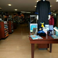 Photo taken at UCSD Bookstore by Soemoe A. on 6/14/2016