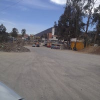 Photo taken at Chelas del Guss Chiluca by Mariana on 3/10/2013