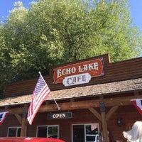 Foto diambil di Echo Lake Cafe oleh J B. pada 7/13/2014