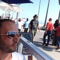 Foto diambil di Candle Cafe oleh Dimitris pada 5/12/2013