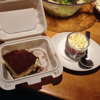 Photo taken at Olive Garden by Vika A. on 10/26/2013