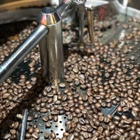 Foto tomada en Depo Coffee Roasting por Serkan Ş. el 3/26/2018