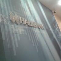 Photo prise au Halkbank par [̲̅s̲̅][̲̅a̲̅][̲̅f̲̅][̲̅r̲̅][̲̅a̲̅][̲̅n̲̅]'[̲̅s̲̅] MEKANLAR le10/23/2013