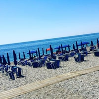 Photo taken at Spiaggia Di Fondachello by Neli I. on 6/12/2017