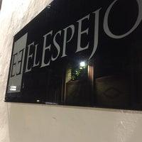Foto diambil di El Espejo Gastrobar oleh Antonio pada 12/5/2016