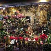 Photo taken at Flower @ttitude by Valya 🌟✨ on 12/20/2015