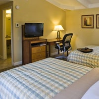 Foto tomada en Red Cottage Inn & Suites por Red Cottage Inn & Suites el 3/12/2014