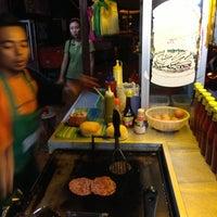 Photo taken at Anuar Burger Spg 4 by Nasrul on 1/19/2013