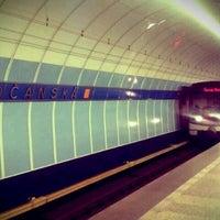 รูปภาพถ่ายที่ Metro =B= Vysočanská โดย Michal M. เมื่อ 9/27/2012