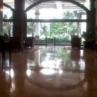 Photo taken at Hotel Pangeran by Glenn W. on 1/9/2014