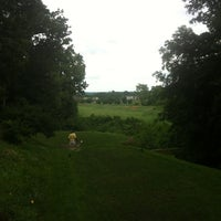 Photo taken at Raspberry Falls Golf & Hunt Club by George on 7/18/2013