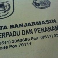 Photo taken at Dinas Bina Marga Kota Banjarmasin by Hendra A. on 12/4/2012
