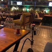 10/12/2018 tarihinde Savaş Ö.ziyaretçi tarafından Gaja Garden Cafe & Hookah/Lounge'de çekilen fotoğraf