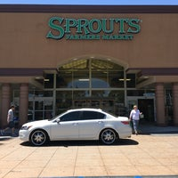Photo taken at Sprouts Farmers Market by Michelle R. on 4/29/2017
