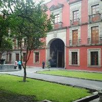 Foto tomada en Museo Nacional de las Culturas por Ricardo el 6/15/2013