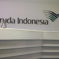 Photo taken at Garuda Indonesia Surabaya Office by Reedwan R. on 9/26/2012
