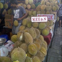 Photo taken at Jalan Raya Pasar Minggu by Reedwan R. on 1/31/2013