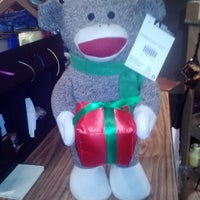 Photo taken at Cracker Barrel Old Country Store by Frances S. on 12/22/2012