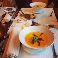 Снимок сделан в Split fusion restaurant / Спліт ф'южн-ресторан пользователем Shu- S. 12/24/2014