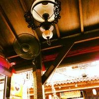 Das Foto wurde bei Posers International Pub & Restaurant von Dominik am 6/28/2013 aufgenommen