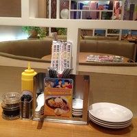 Photo taken at Xin Wang Hong Kong Cafe @ Vincom by 🐷Heo Lười🐷 on 10/10/2012
