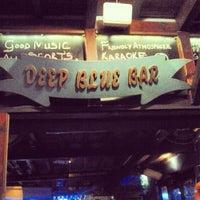 4/30/2013 tarihinde Barry D.ziyaretçi tarafından Deep Blue Bar'de çekilen fotoğraf
