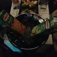 รูปภาพถ่ายที่ Ice Club & VIP Lounge โดย Burak DAĞLI เมื่อ 7/10/2013
