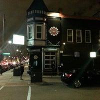 Foto diambil di Lockdown Bar & Grill oleh Gregory C. pada 3/27/2013