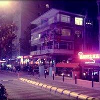11/23/2012 tarihinde Efecan K.ziyaretçi tarafından Caddebostan Barlar Sokağı'de çekilen fotoğraf
