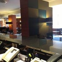 Foto tomada en H2 Hotel Elche por Inés B. el 11/17/2012