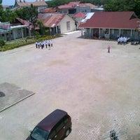Photo taken at SMA Negeri 10 Padang by Lonna M. on 9/30/2012