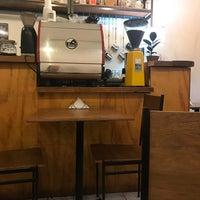 Photo prise au Café Forastero par Antonio D. le4/27/2018