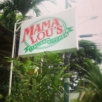 Photo taken at Mama Lou's Italian Kitchen by R U S S on 5/18/2013