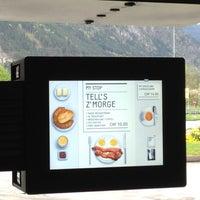 Das Foto wurde bei Gotthard Raststätte von Chewy am 4/27/2013 aufgenommen