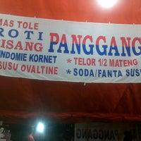 Photo taken at Mas Tole Roti Spesial Panggang by Princess N. on 10/12/2013